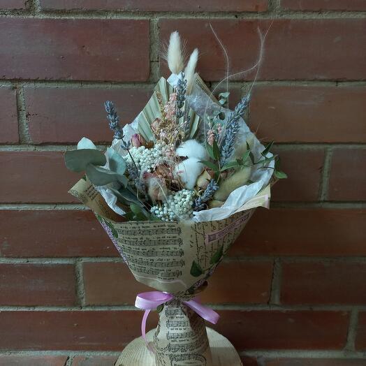 Букетик сухоцветов с хлопком и лавандой