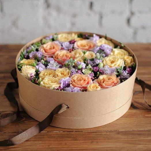 Коробочка с живыми цветами Сорренто