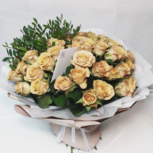 Кофейные розы с фисташкой: букеты цветов на заказ Flowwow