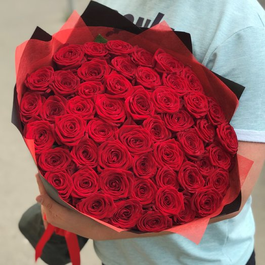 Букет из  51 розы ( 70 см ) Красная N186: букеты цветов на заказ Flowwow