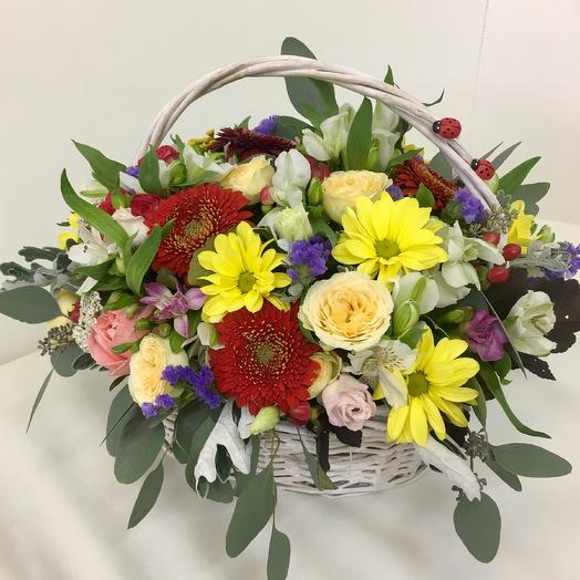 Корзина «Радость»: букеты цветов на заказ Flowwow