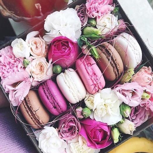 Цветы в коробке «Милая»