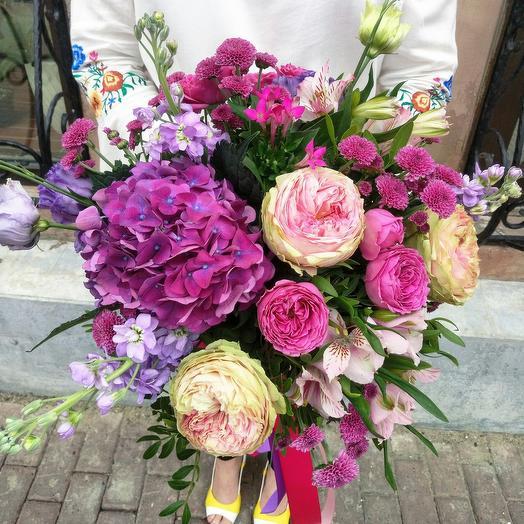 Круглый букет с гортензией без упаковки: букеты цветов на заказ Flowwow
