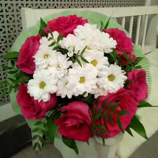 Букет 7 роз и хризантемы: букеты цветов на заказ Flowwow