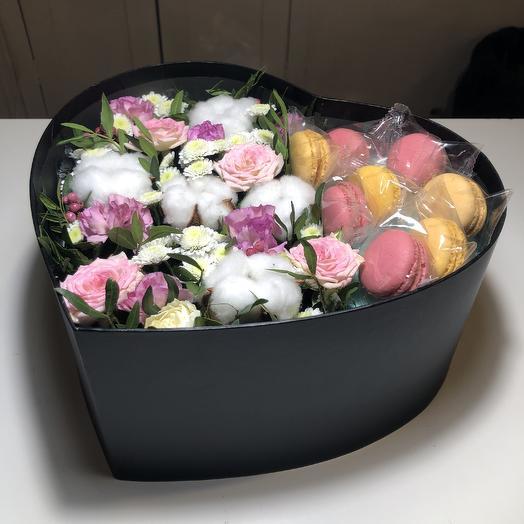 Сердце со сладостями: букеты цветов на заказ Flowwow