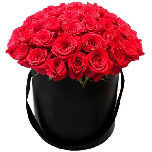LUXURY! 51 красная роза в шляпной коробке