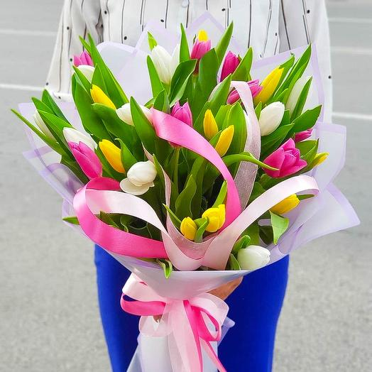 35 микс тюльпанов: букеты цветов на заказ Flowwow