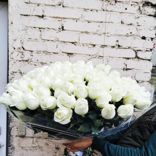 Нежная белая эквадорская роза 101 шт: букеты цветов на заказ Flowwow