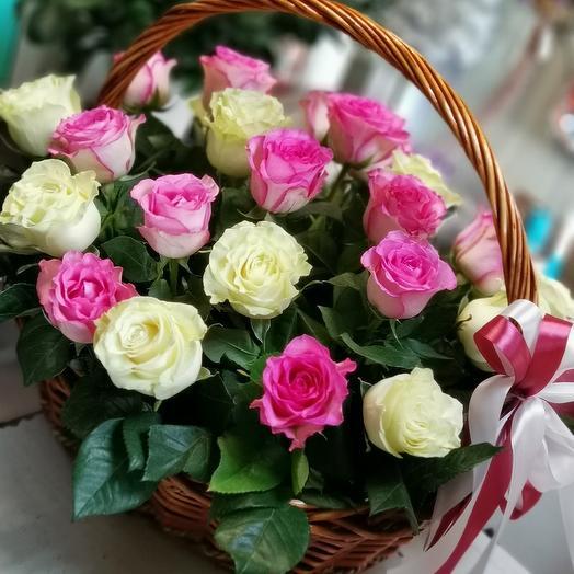 Корзина с нежными розами