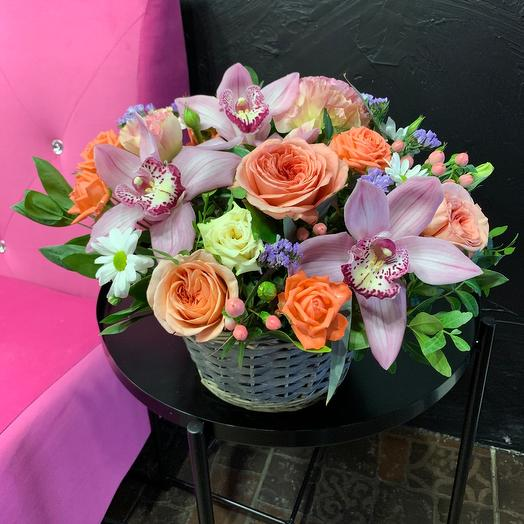 Basket with peony roses