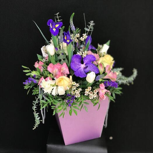 Цветы в коробке Симфония
