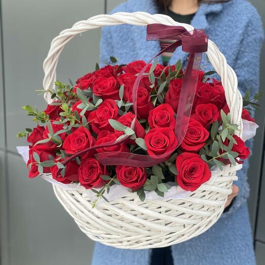 Корзина ПРЕМИУМ КЛАССА из 51 красной розы