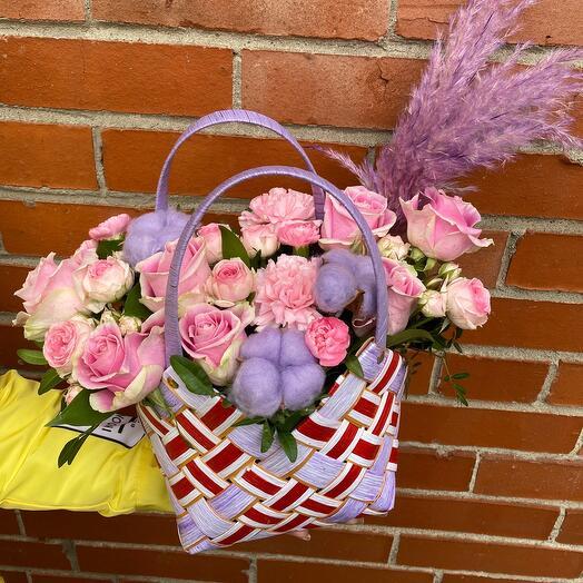 Корзина с цветами Коко