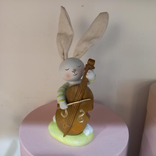 Заяц музыкант