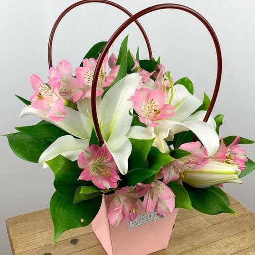 Цветы в коробке «Марсель»