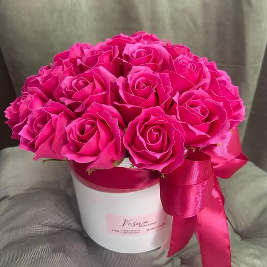 Коробочка с мыльными розами