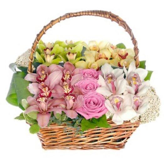 162556 Корзина Орхидеи в лукошке: букеты цветов на заказ Flowwow