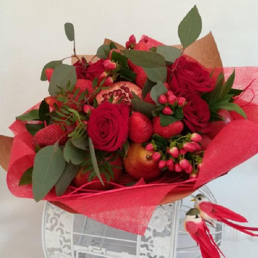 Летний фруктовый букет: букеты цветов на заказ Flowwow