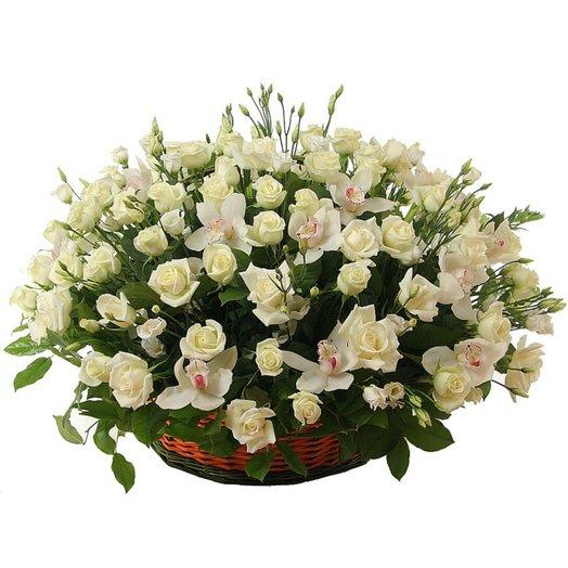 Корзина с цветами Поэма о любви: букеты цветов на заказ Flowwow