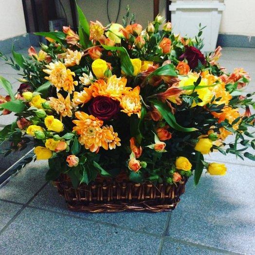 """Корзина """"Рожденная осенью"""": букеты цветов на заказ Flowwow"""