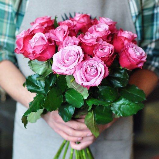 Розовая роза 17 шт.: букеты цветов на заказ Flowwow
