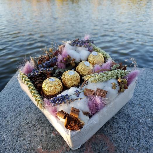 Композиция их хлопка, лагуруса, пшеницы и конфет Ферреро Роше: букеты цветов на заказ Flowwow