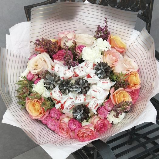 """Букет сердце """"Праздник"""": букеты цветов на заказ Flowwow"""