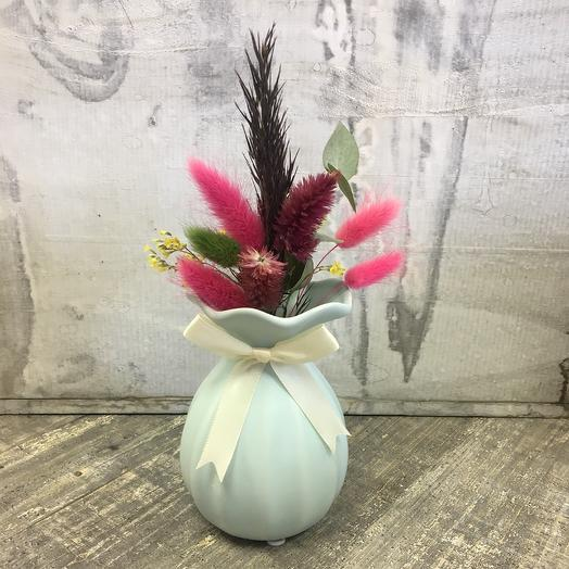 Вазочка с сухоцветами: букеты цветов на заказ Flowwow