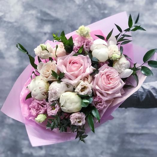 Букет с французскими розами и пионами: букеты цветов на заказ Flowwow