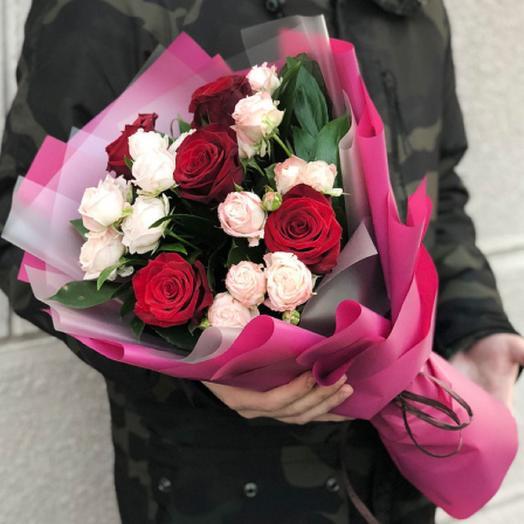 Букет микс из роз: букеты цветов на заказ Flowwow
