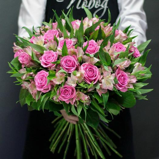A Prefabricated bouquet of pink roses and alstromeria