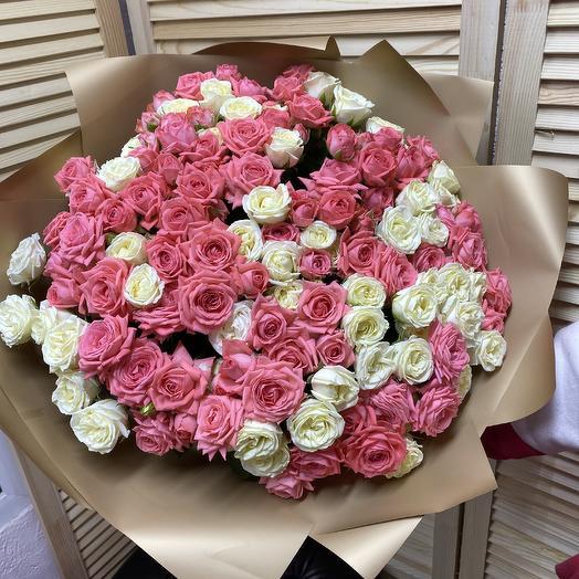 51 Роза кустовая: букеты цветов на заказ Flowwow