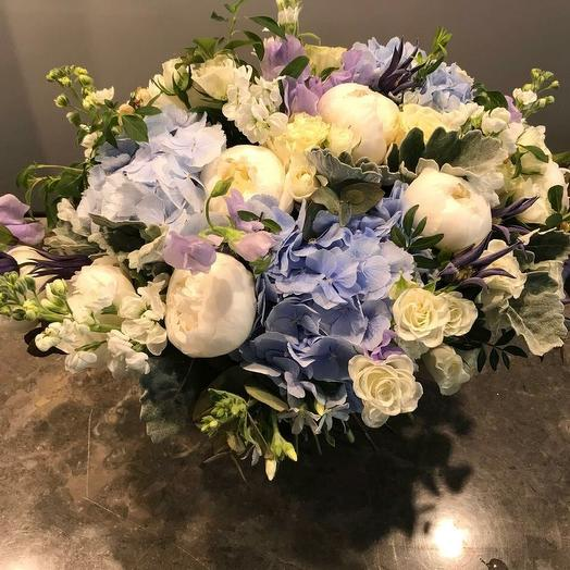 White blue: букеты цветов на заказ Flowwow