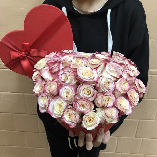 Коробочка любовь: букеты цветов на заказ Flowwow