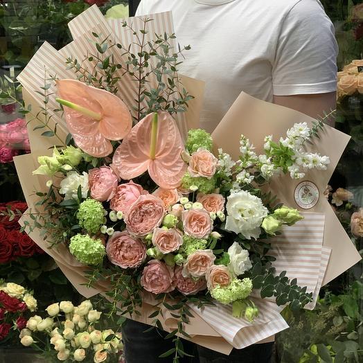 Нежный букет с пионовидной розой: букеты цветов на заказ Flowwow