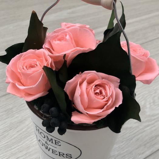 Ведёрко с розами