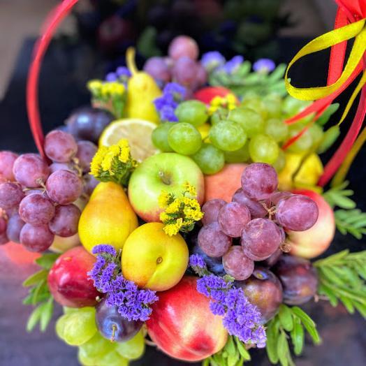 "Корзина с фруктами М размер ""Праздник вкуса"""