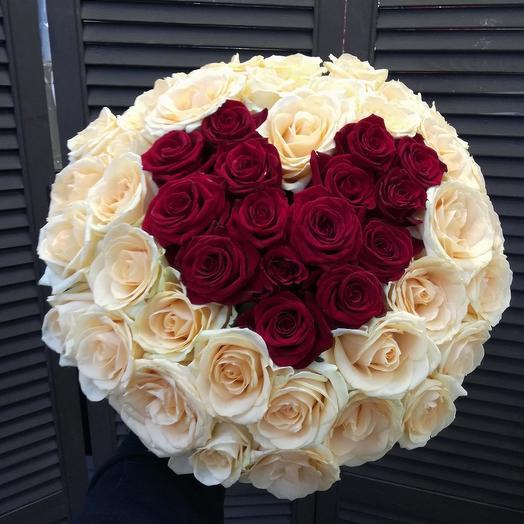 51 роза 50см сердце