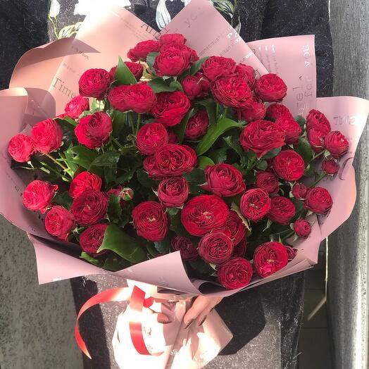 Букет из пионовидных роз Марун
