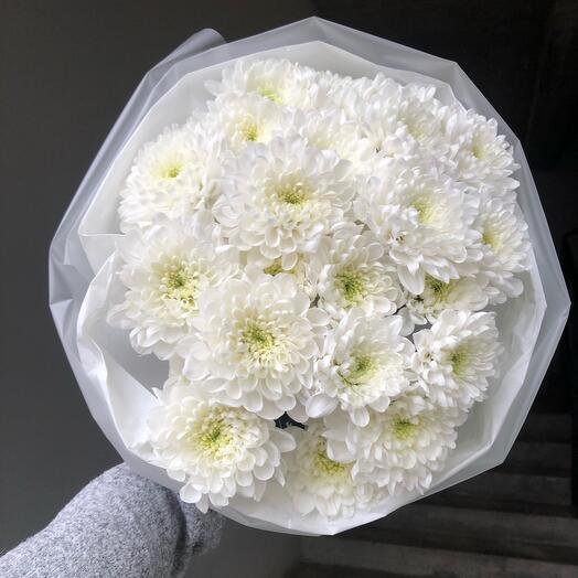 Монобукет из белой кустовой хризантемы