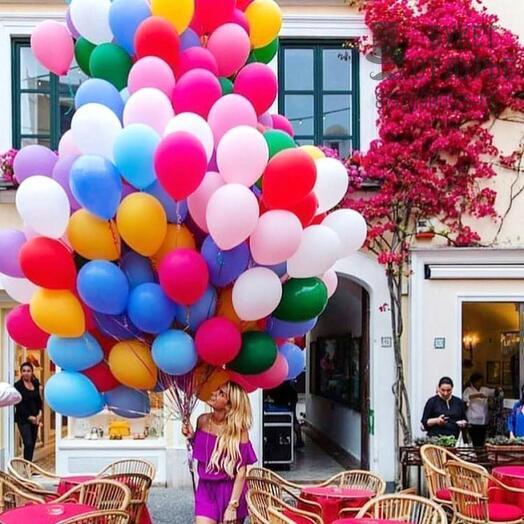 80 разноцветных шаров с гелием и обработкой