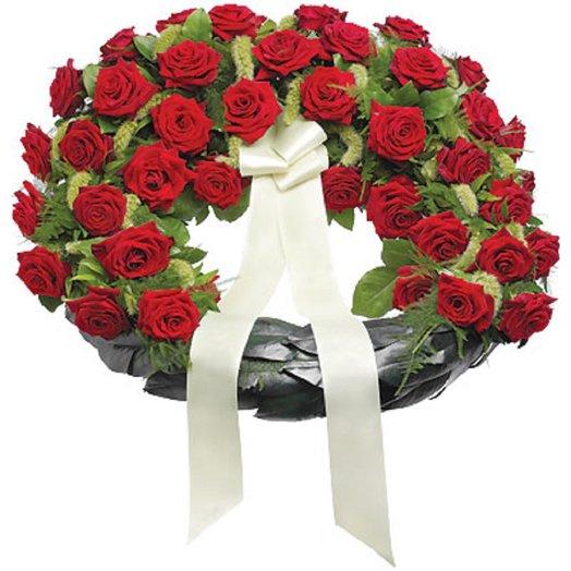 Вечная память: букеты цветов на заказ Flowwow