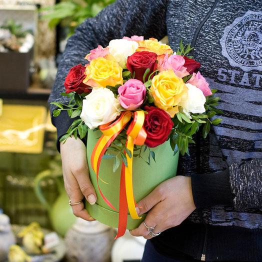 "Подарочная коробка ""Взрыв эмоций"": букеты цветов на заказ Flowwow"