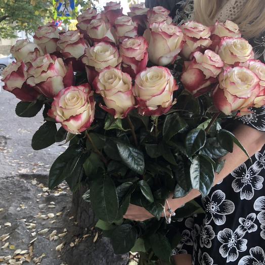 Букет 25 импортных роз: букеты цветов на заказ Flowwow