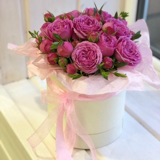 Шляпка из пионовидных роз: букеты цветов на заказ Flowwow