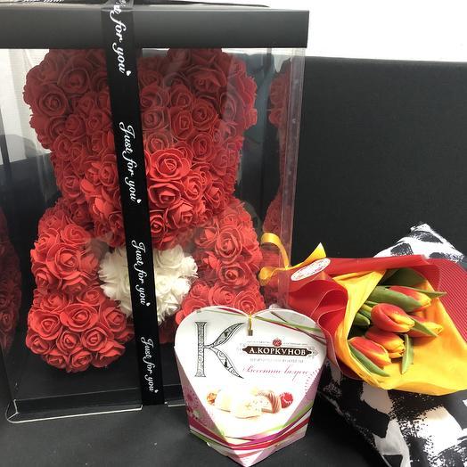 «Подарок по сердцу»: букеты цветов на заказ Flowwow