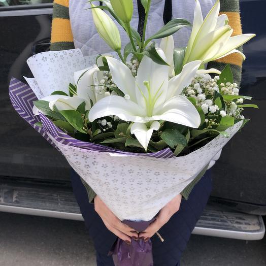 Букет  лилия