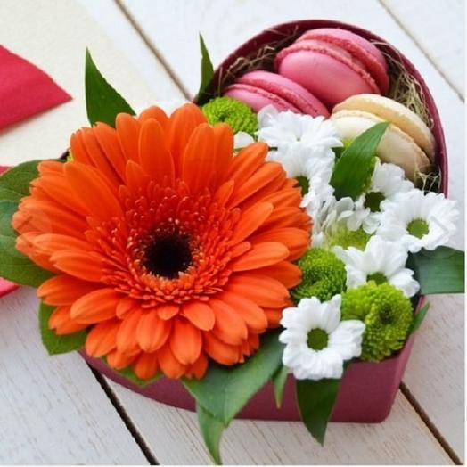 "Коробочка с цветами""Яркое солнышко"": букеты цветов на заказ Flowwow"
