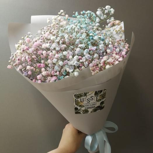 Букет с цветной гипсофилой: букеты цветов на заказ Flowwow