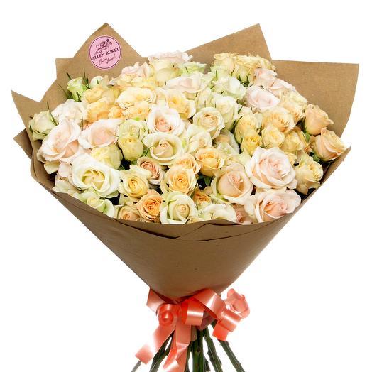 25 кустовых роз в упаковке крафт: букеты цветов на заказ Flowwow